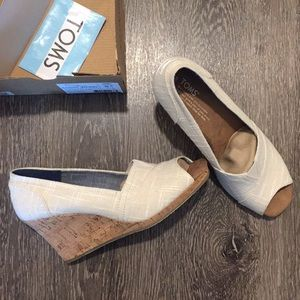 Toms Shoes - NWT Toms Classic Wedges 8.5 Beige